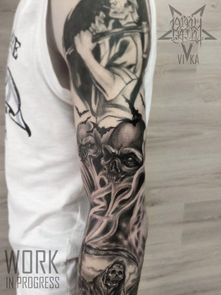 Tattoo черно-серый рукав, татуировка с черепами