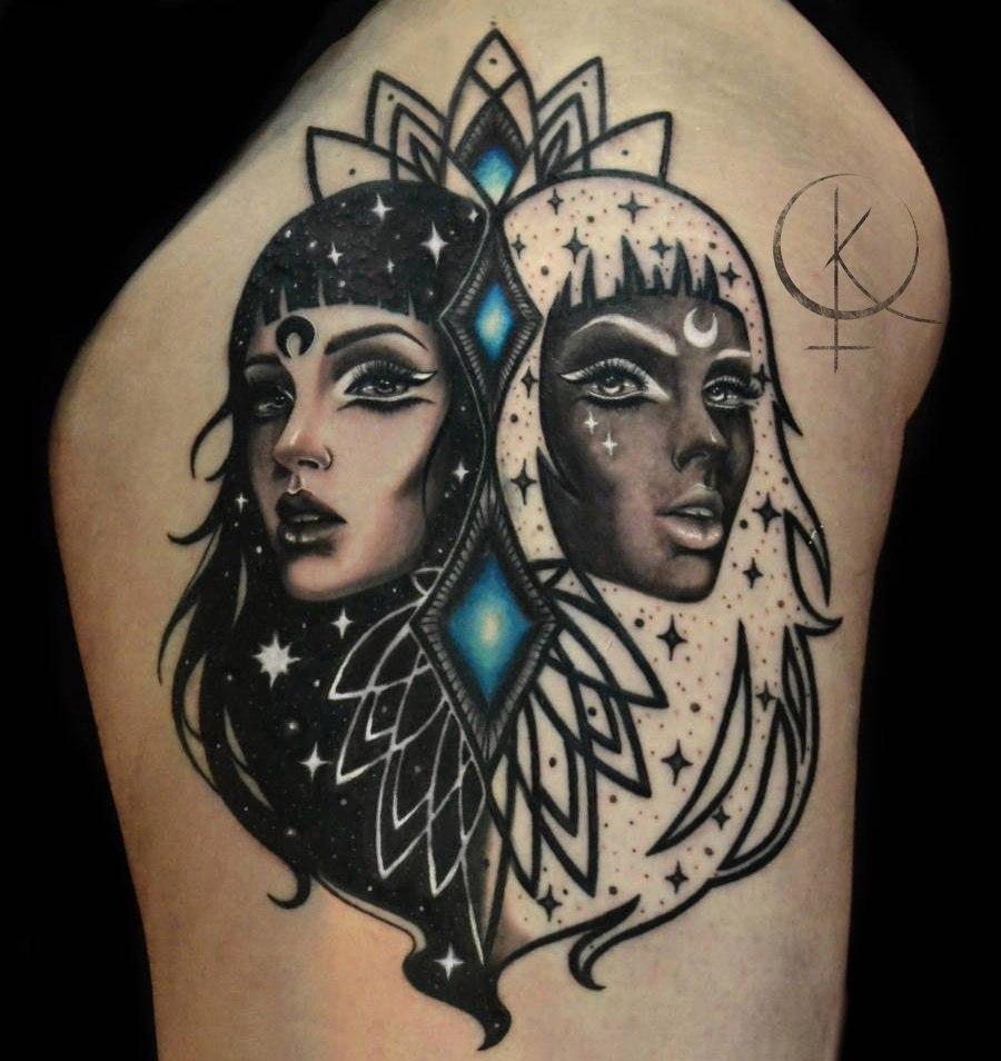 Татуировка на бедре, девушки в графике