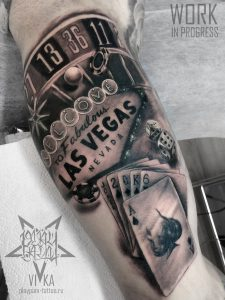 Las Vegas tattoo, чикано на бицепсе