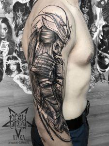 Самурай на плече, мужская тату в графике с добавлением вип-шейдинга